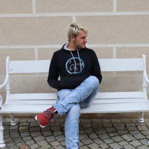 danielek Profile Picture